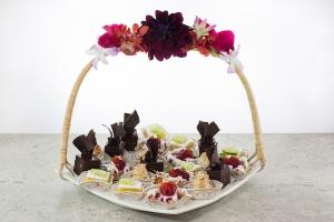 Petit Desserts Gift Tray